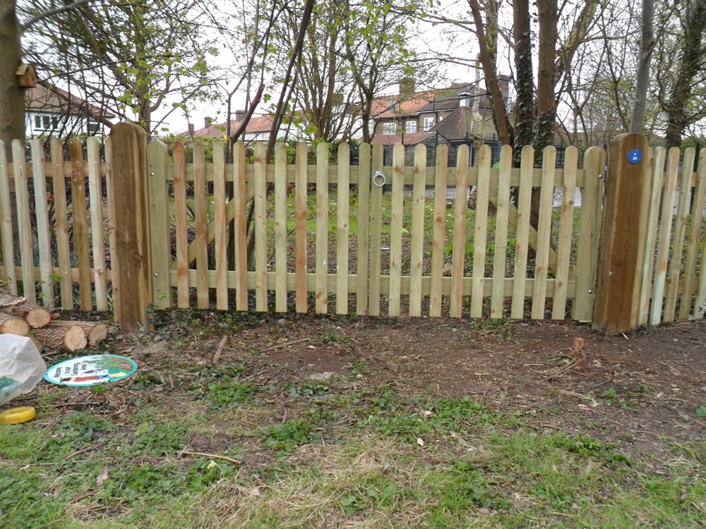 Palisade Garden Fencing Kent