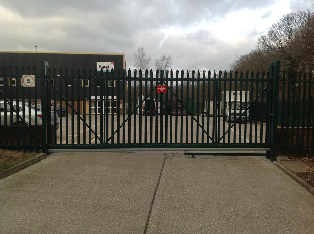 Metal Palisade Gates Kent